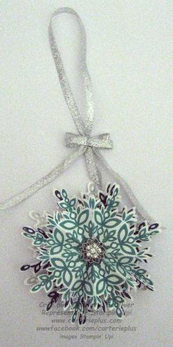Snow-flake-festive-flurry